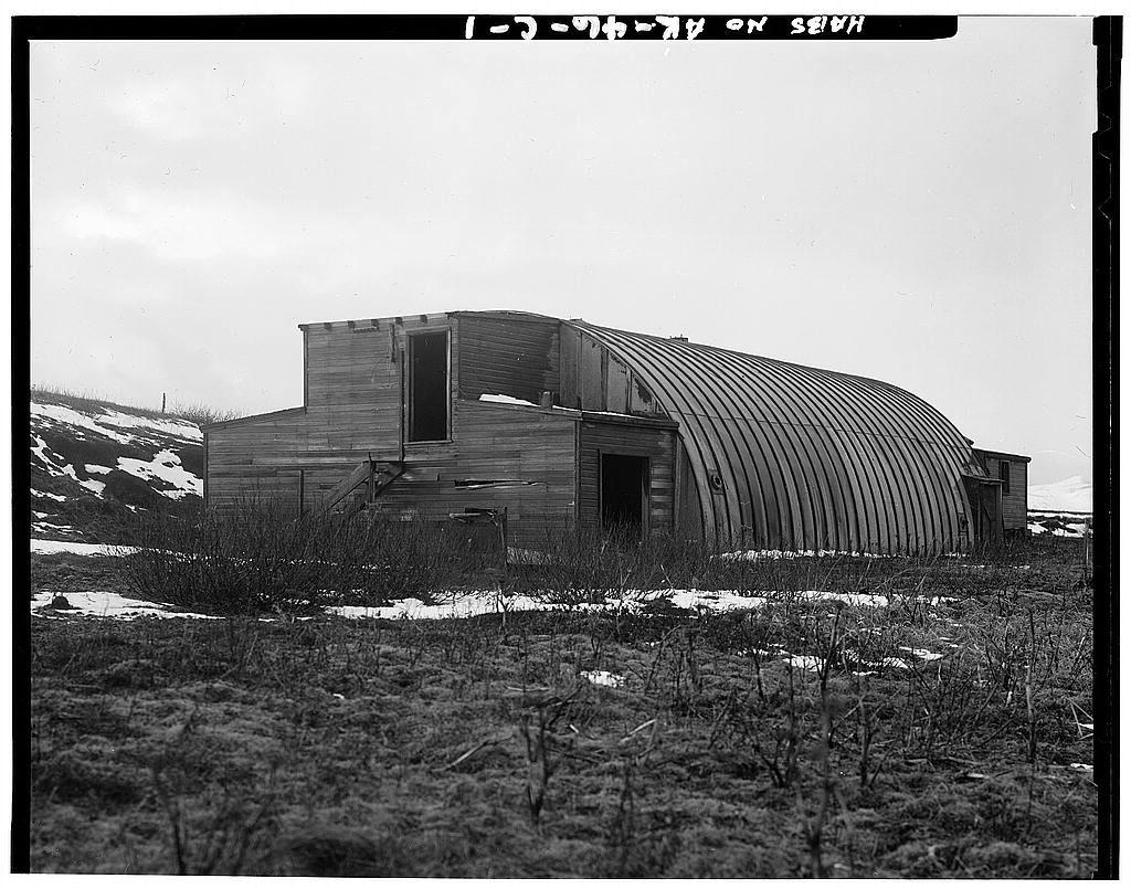 Fotos de psiqui tricos fort randall david garriga for Cobertizos prefabricados metalicos